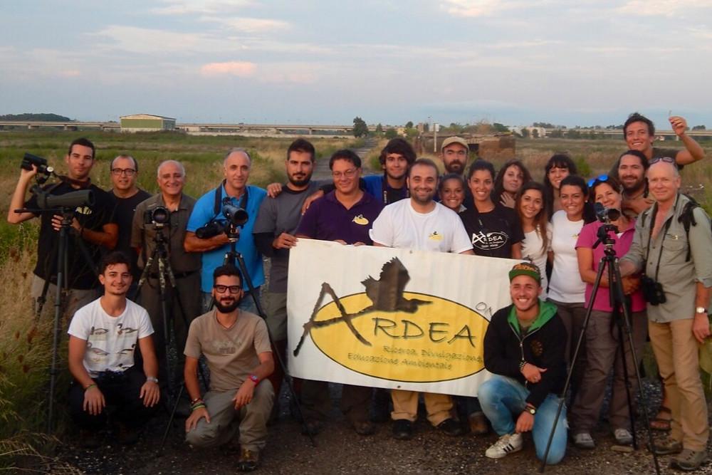 Happy participants of a wonderful shorebird watching fiesta in Italy organised by Associazione per la Ricerca, la Divulgazione e l'Educazione Ambientale (ARDEA). © Valeria Balestrieri