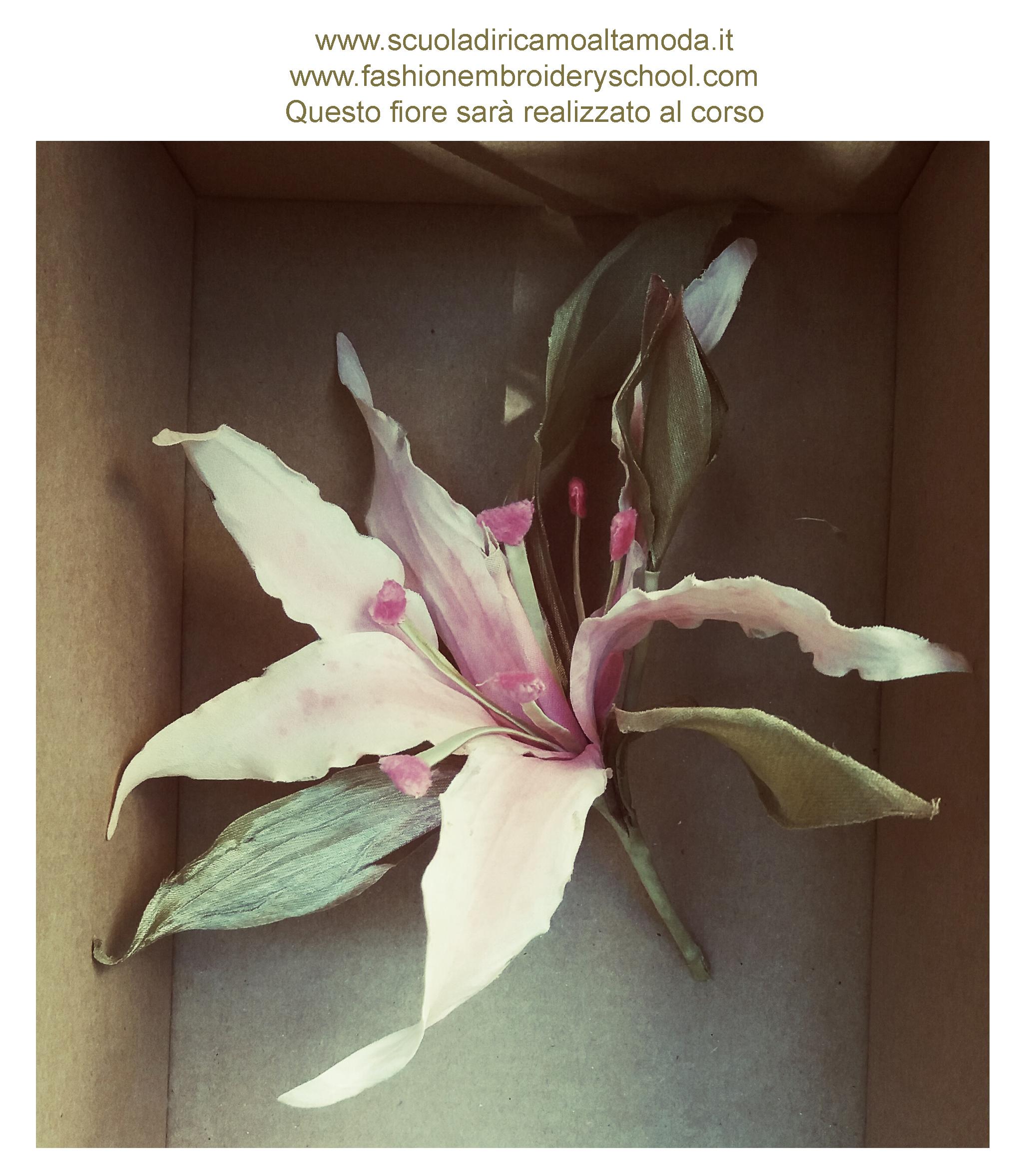 Corso di fiori in seta