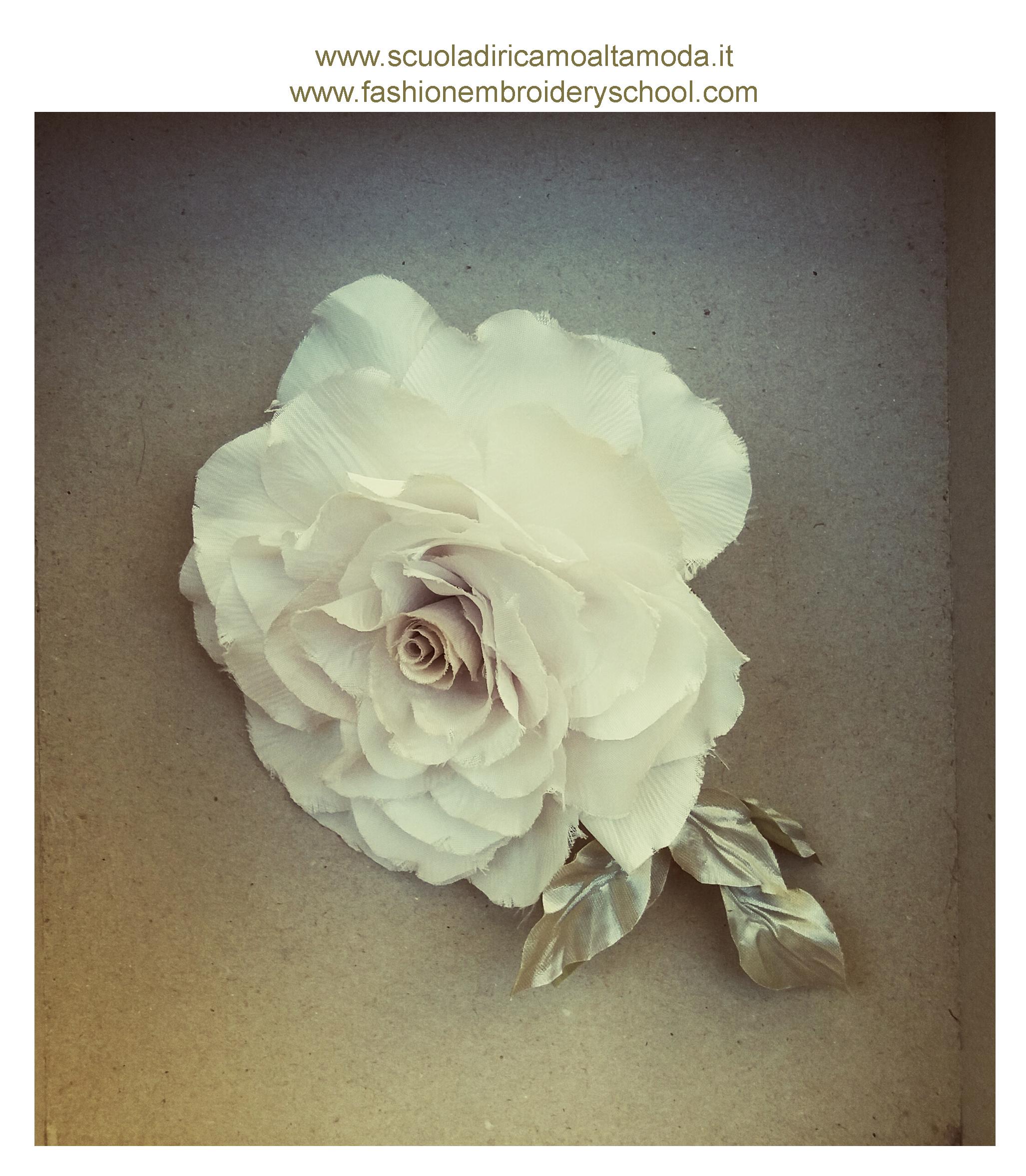 Corso fiori in seta per  la sposa