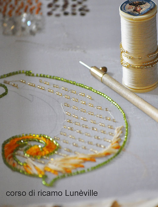Haute couture embroidery course in Rome and Milan,  tambour embroidery, bead embroidery, silk ribbon.  Corso di ricamo Alta moda. Scuola di ricamo a Roma e Milano