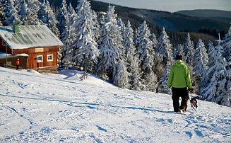 Lokalita fotky_lyzovani a snowboard.jpg