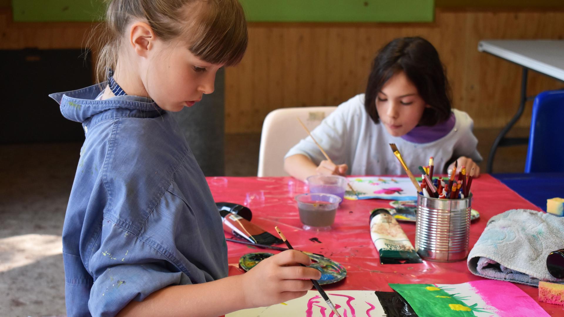 Atelier_enfants_les_contes_en_peinture_a