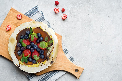Homemade Basque Burnt Cheesecake with Fruit 6 Inch