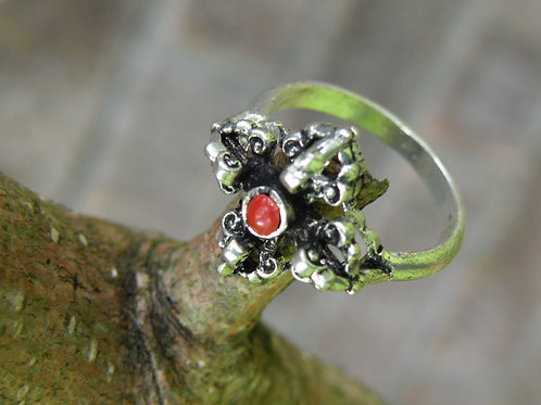 Double dorje ring..silver polished with coral