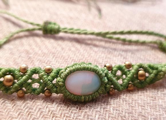 Moonstone Macramé Green Bracelet