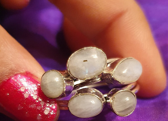 Five Cluster Silver Plated Ring (Moonstone)