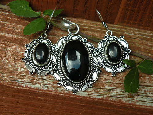 Black Onix Earrings and Pendent set