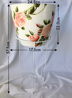 white pot with stand and measurements