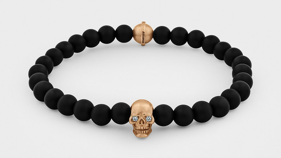 Skull Bracelet in 18K Gold With Diamond Eyes and Black Onyx