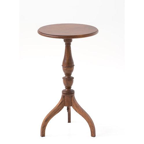 ヘッペルホワイトのサイドテーブル