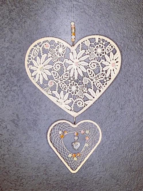 cœur en dentelle et verre