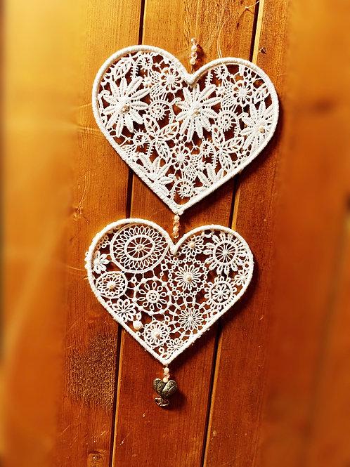 cœur double en dentelle
