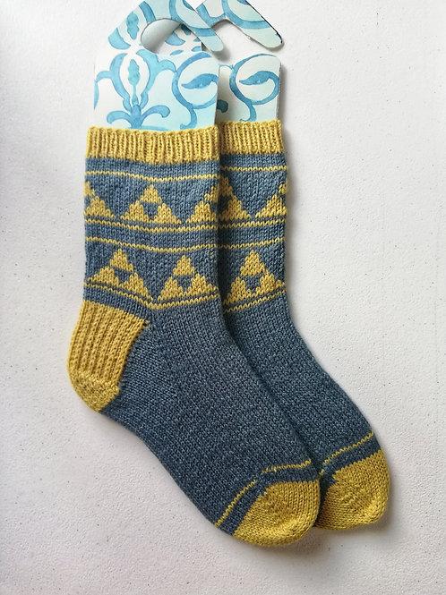 Mitsuuroko Socks - Knitting Pattern