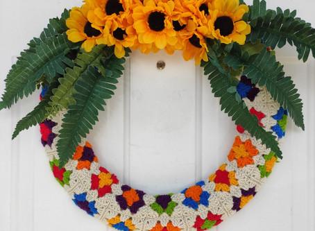 DIY Crocheted Summer Wreath