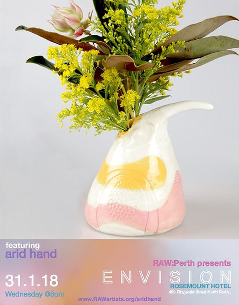 ari hand bird head vessel