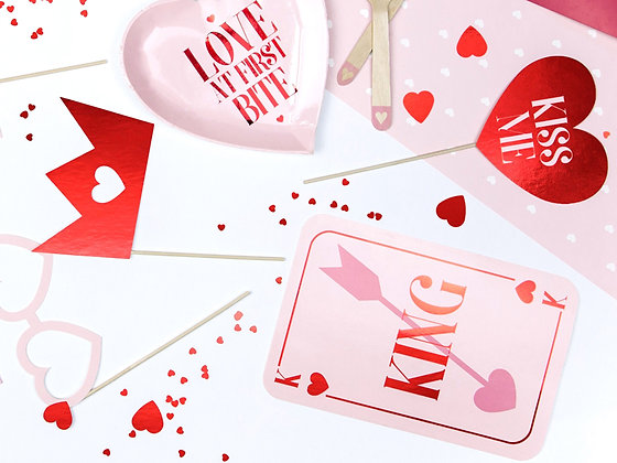 Love is in the Air Photobooth props - Pack of 7