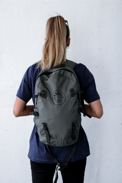 CASSELL 1980 BACKPACK