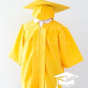 幼稚園畢業袍 ①