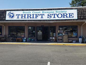 Thrift store front2.jpg