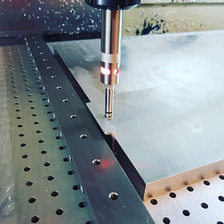 Pure Precision! Wiggling up plates on the Hurco VMX42 ready for drilling and milling! #precision #pr