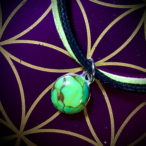 Bracelet artisanal en cuir et médaillon Mohave green turquoise