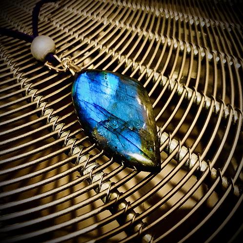 Collier Labradorite bleue