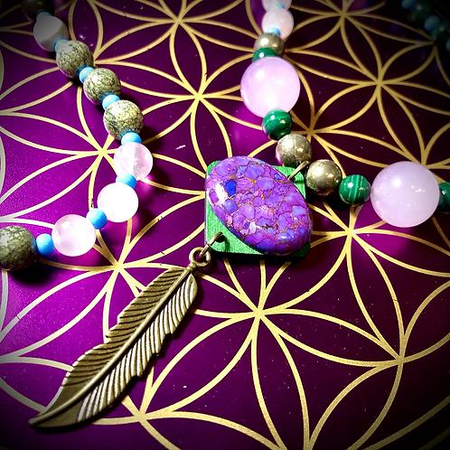 Collier «mala» en Mohave purple turquoise, perles pierres naturelles variées