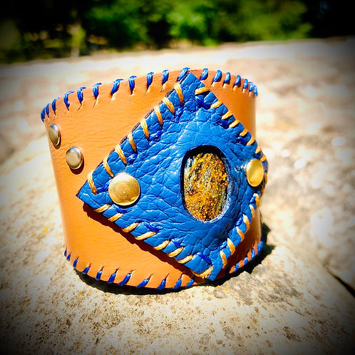 Bracelet artisanal en cuir et PIETERSITE