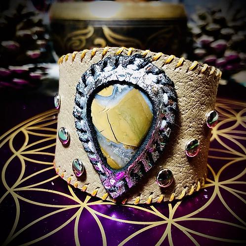 Bracelet artisanal en cuir et pierre: Agate thunderegg