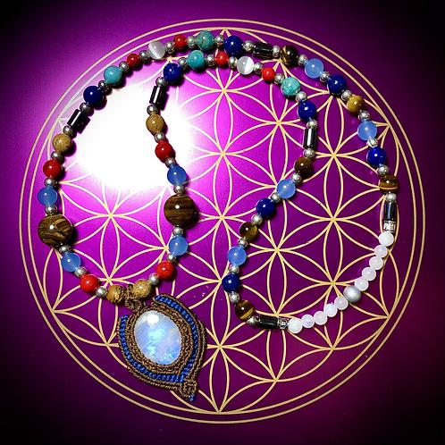 Collier «Mala ethnique» pendentif Pierre de lune, pierres naturelles variées