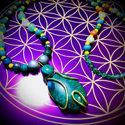 Collier «Mala ethnique» pendentif Azurite/Chrysocole /Malachite, perles variée