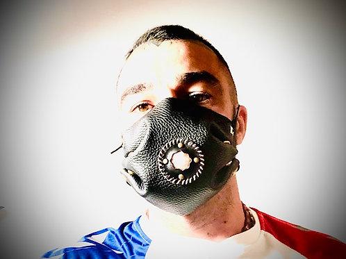 Masque cuir noir et Pierre du soleil