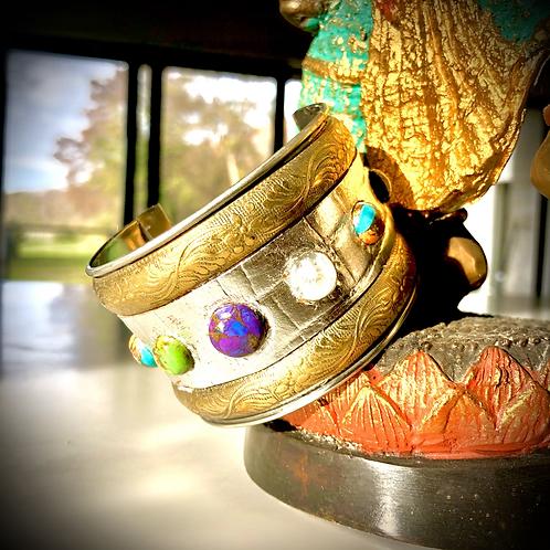 Bracelet inspiration indou, metal, cuir et pierres semi précieuses