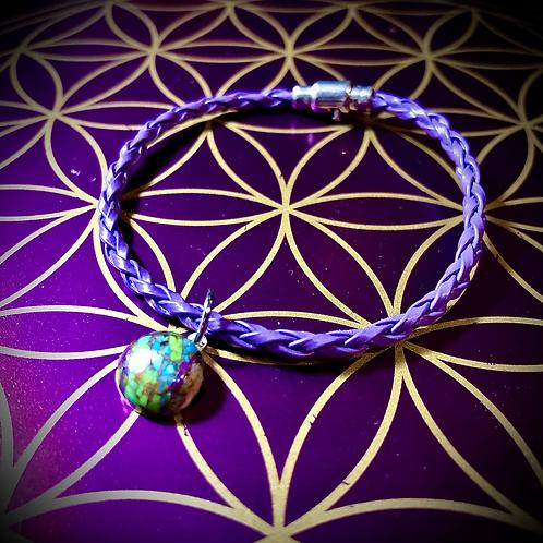Bracelet artisanal en cuir, médaillon Mohave purple turquoise