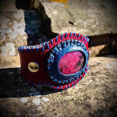 Bracelet artisanal en cuir et RHODONITE