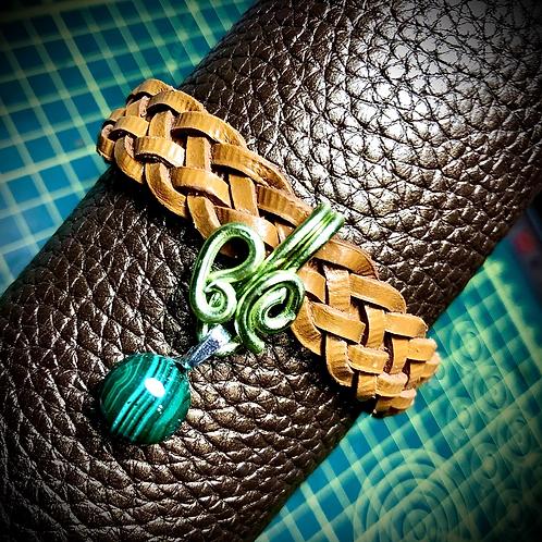 Bracelet cuir tressé et médaillon Malachite