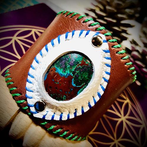 Bracelet artisanal en cuir avec Cuprite Chrysocole