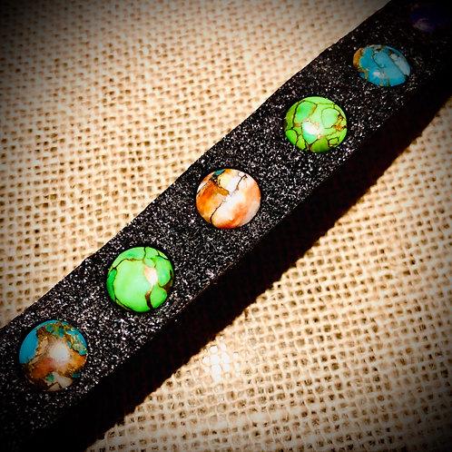 Bracelet fin artisanal en cuir noir avec Mohave TURQUOISES