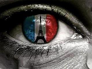 J'embrasse Paris avec le coeur et avec ma musique.