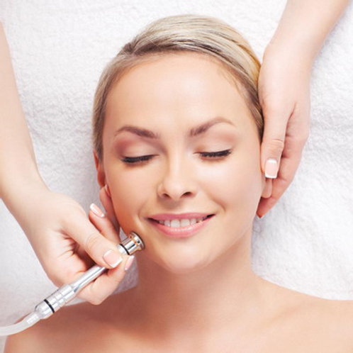 MICRODERMABRASION FACIAL WITH CUSTOMIZED MASK