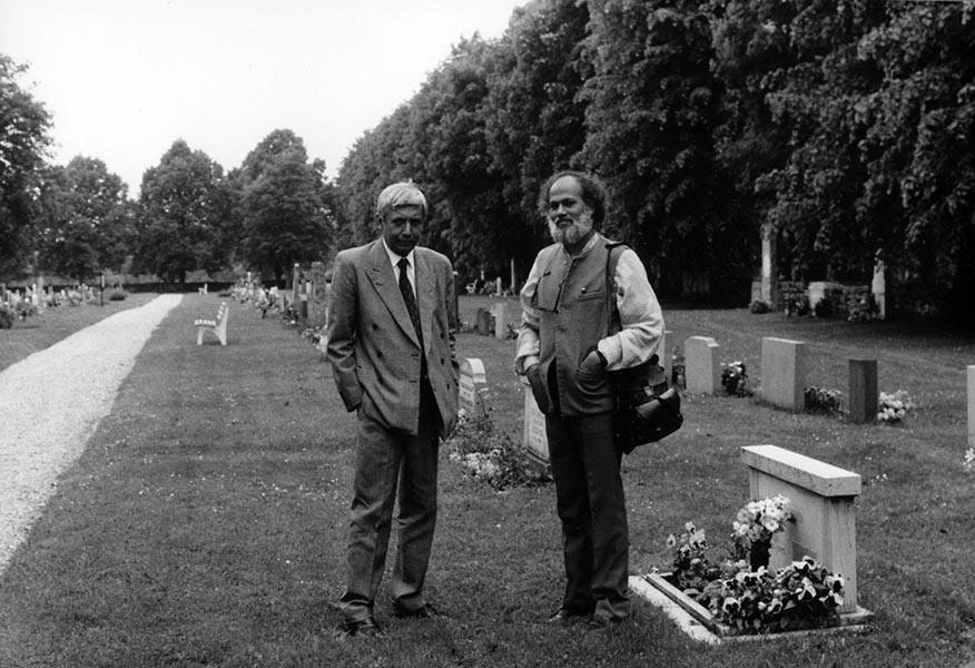 Jatind Das with late poet Dom Moraes in Gotland