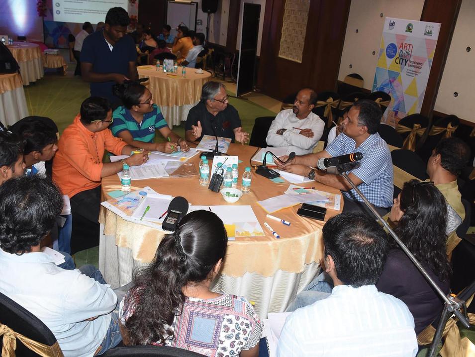 4-Left-Visioning workshop.jpg
