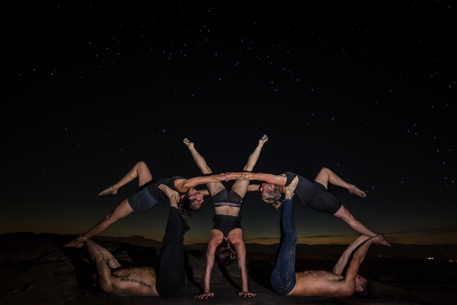 Acroyoga group-385-Edit