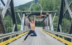 Split doubles hoop