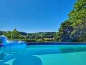 Zwembad met zicht