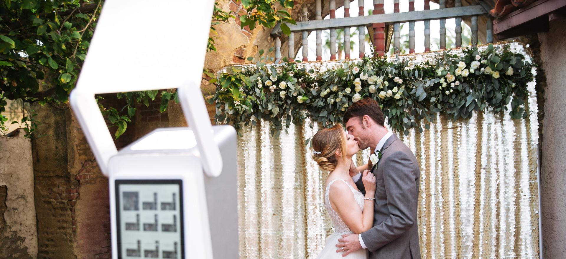 VA Wedding Couple