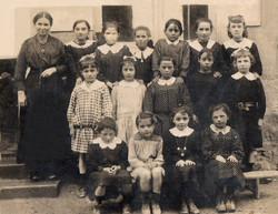 83 La classe des filles 1920 visage REFA