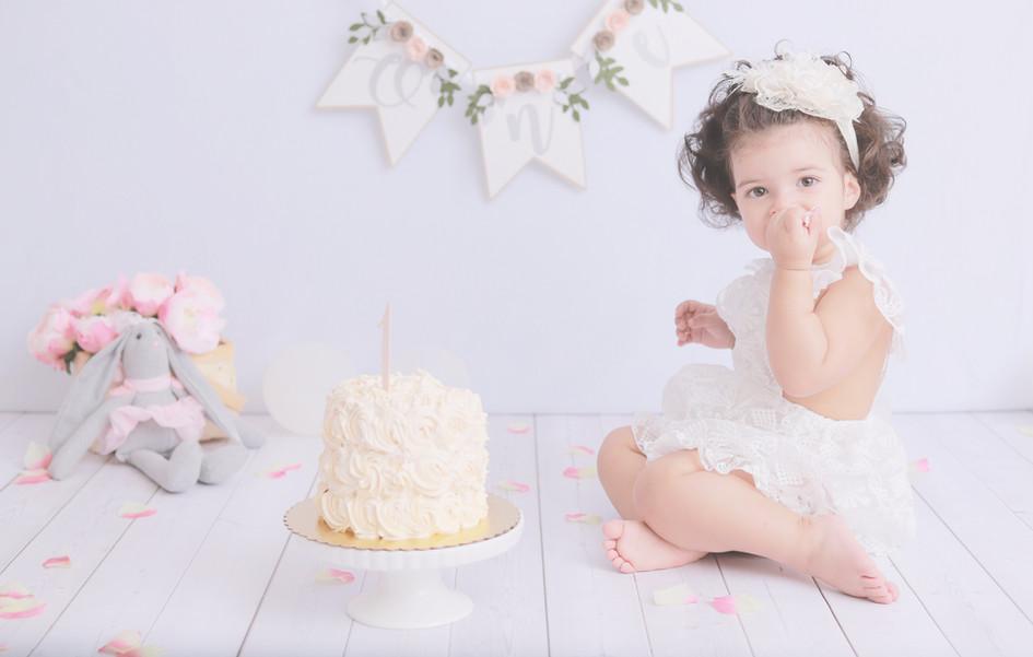 Cake Smash 1.JPG.jpg