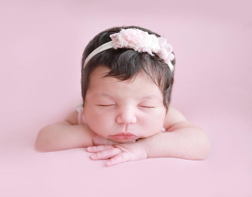 Newborn%203_edited.jpg