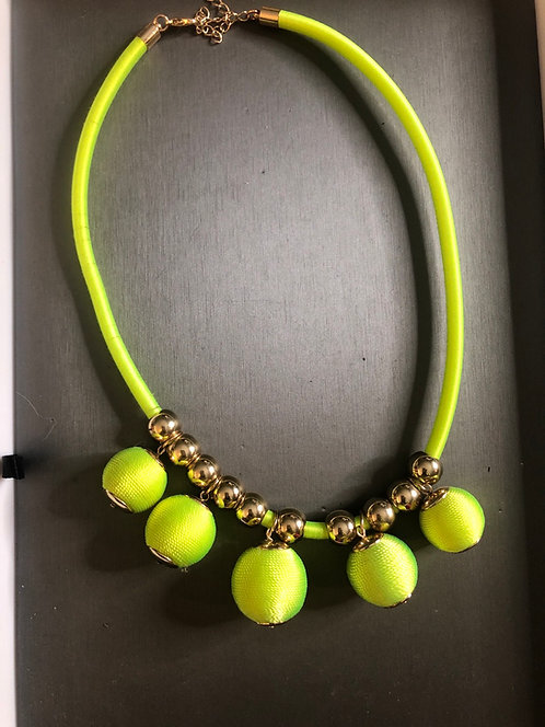 Neon ball yellow/green necklace